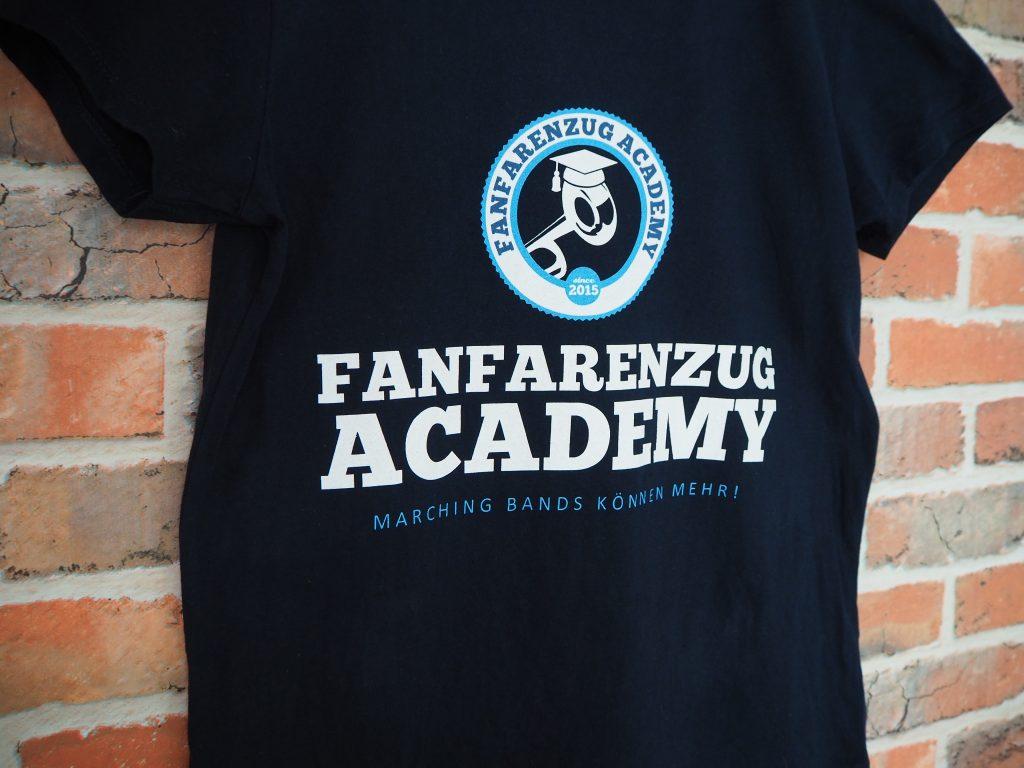Erstes Shirt für die FANFARENZUG ACADEMY