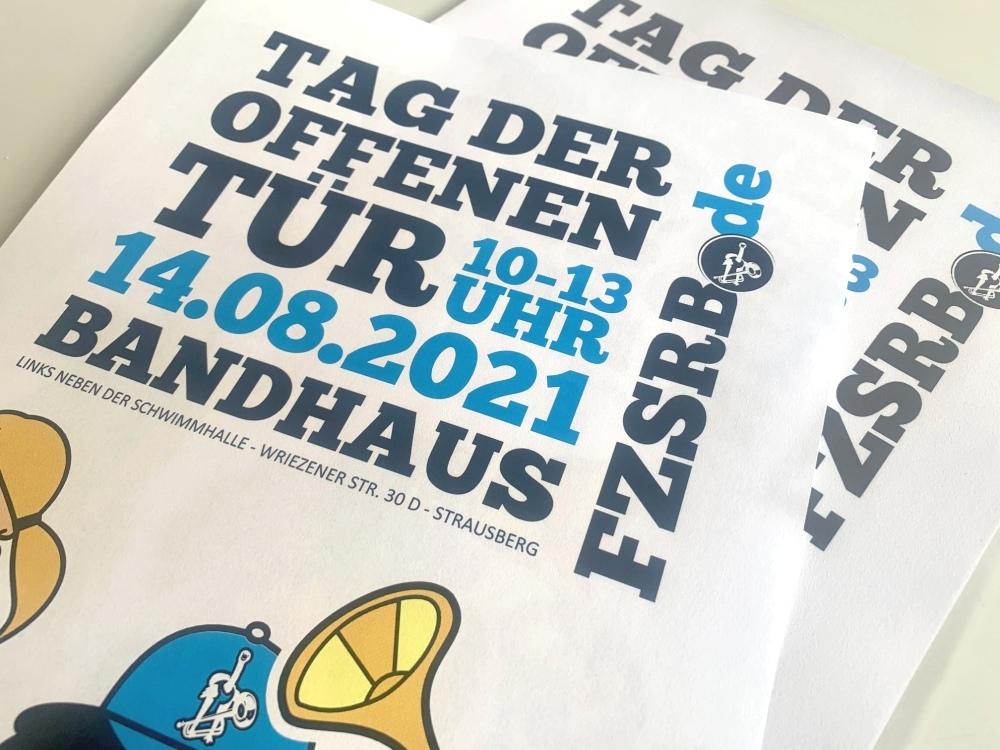 Bandstyle-Fanfarenzug-Strausberg-TagderoffenenTuer-04